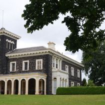 Bishopscourt_House.jpg